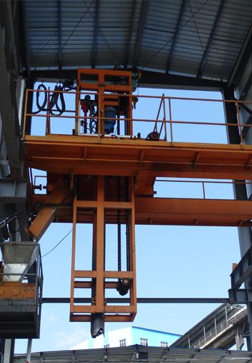 入厂煤采样机现场图